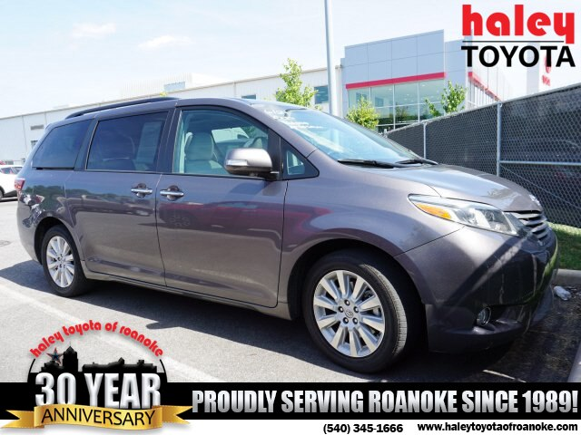 Pre-Owned 2015 Toyota Sienna Limited Premium 7 Passenger