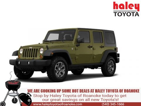Pre-Owned 2013 Jeep Wrangler Unlimited Green - Sahara