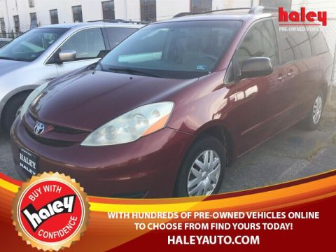 Pre-Owned 2008 Toyota Sienna